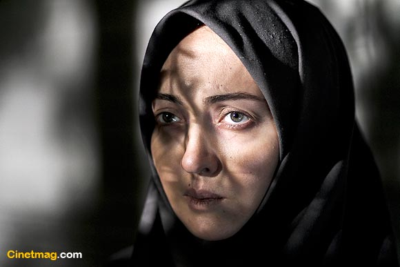 نیکی کریمی در نمایی از فیلم