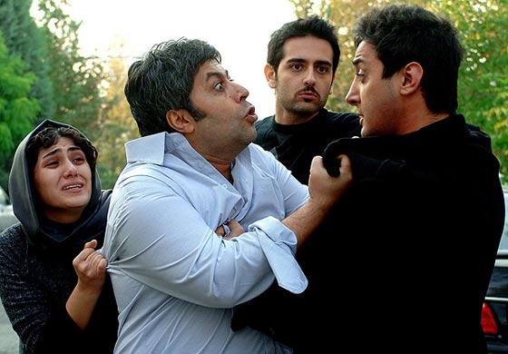 امیرحسین آرمان، فرهاد اصلانی و باران کوثری در نمایی از فیلم