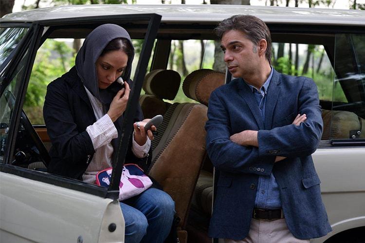 پیمان معادی و مهناز افشار در نمایی از فیلم «ناگهان درخت» ساخته صفی یزدانیان