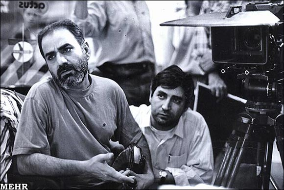 ابراهیم حاتمی کیا و پرویز پرستویی در پشت صحنه