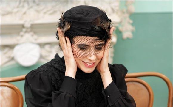 لیلا حاتمی در نمایی از فیلم