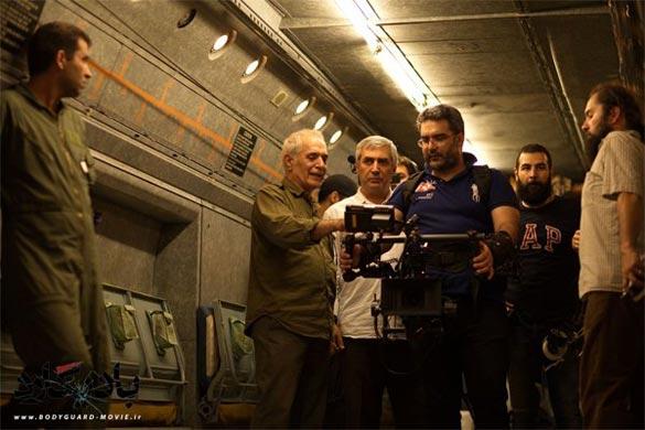 ابراهیم حاتمی کیا و محمود کلاری در پشت صحنه فیلم سینمایی