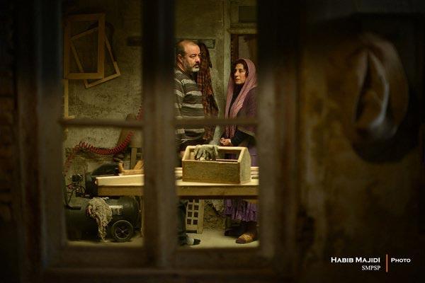 فاطمه معتمدآریا و سعید آقاخانی در نمایی از فیلم «بنفشه آفریقایی»