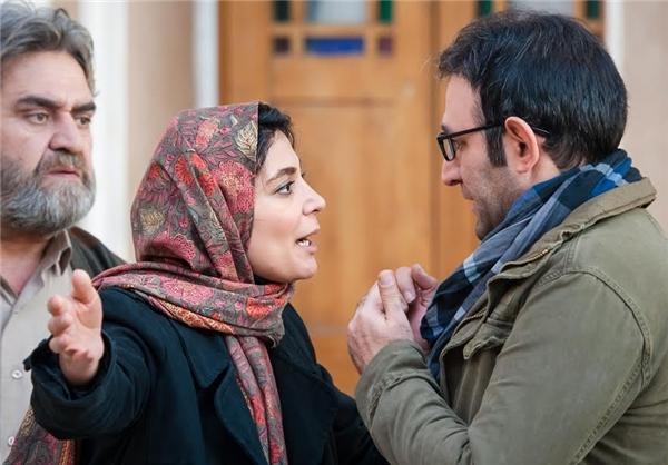 هدایت هاشمی و الهام کردا در نمایی از فیلم