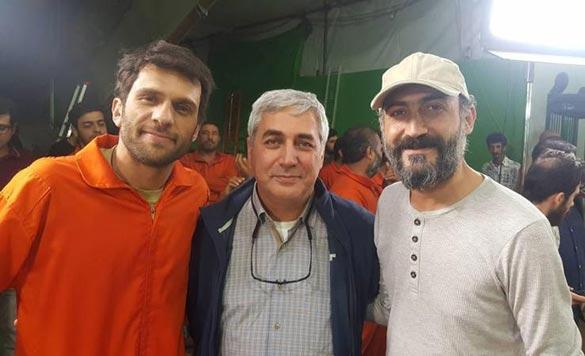 هادی حجازی فر، ابراهیم حاتمی کیا و بابک حمیدیان در پشت صحنه فیلم سینمایی