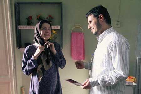 جواد عزتی و نازنین بیاتی در نمایی از فیلم