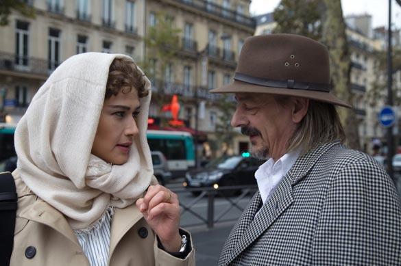لادن مستوفی و ژان دانیل باربین بازیگر فرانسوی در نمایی از فیلم