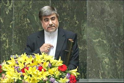 دکتر علی جنتی، وزیر فرهنگ و ارشاد