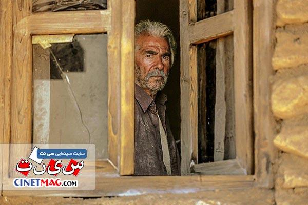 فرامرز قریبیان در نمایی از فیلم «خروج» ساخته ابراهیم حاتمی کیا