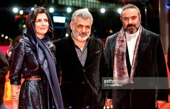 مانی حقیقی(کارگردان)، حسن معجونی و لیلا حاتمی(بازیگران) فیلم سینمایی