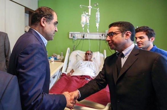از سمت راست: دکتر میر - عباس کیارستمی - وزیر بهداشت