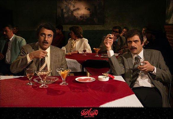 بابک حمیدیان و رضا عطاران در نمایی از فیلم سینمایی