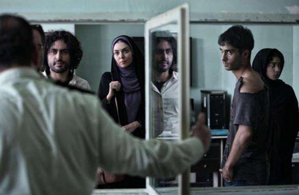 ساعد سهیلی، آزاده نامداری و آذرخش فراهانی در نمایی از فیلم سینمایی