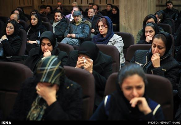 پریسا بخت آور همسر اصغر فرهادی در مراسم یادبود یدالله نجفی